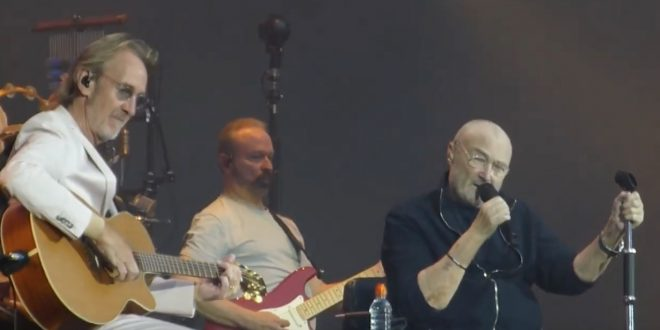 WATCH: Mini Genesis' Reunion: Phil Collins & Mike Rutherford