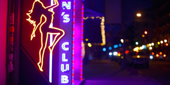 Florida Man Drinks 33 Beers, Passes Out at Strip Club and Tries to Fight Cops