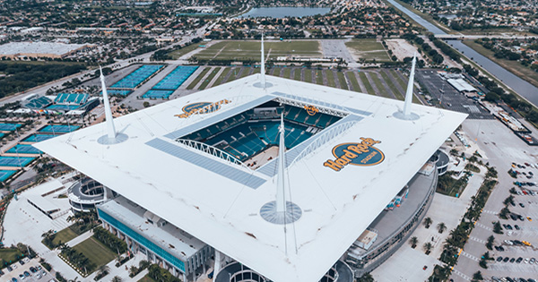 Fan Charged $724 by Rogue Beer Vendor During Miami Dolphins' Game