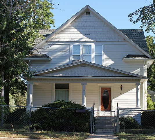 534px-Robinson_House_(Louisville,_Colorado)